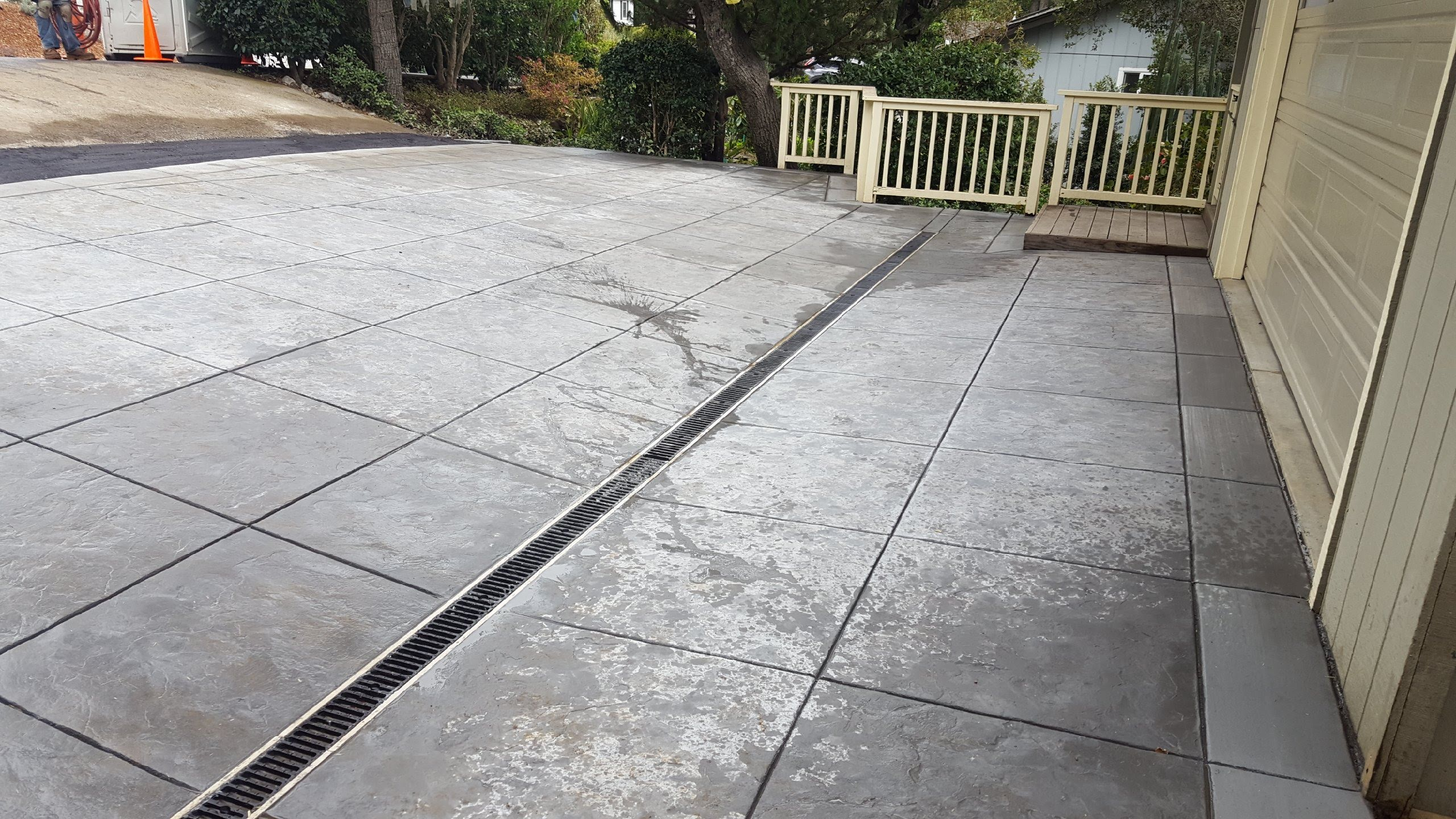 new driveway with drainage